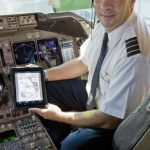 United Airlines and Apple Deploy iPad for Pilots